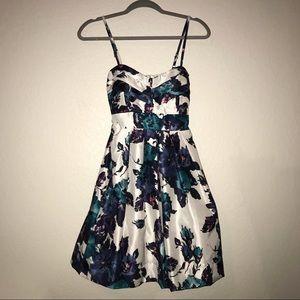 Delia's Floral Dress BNWT Sz 6 Pleated As You Wish